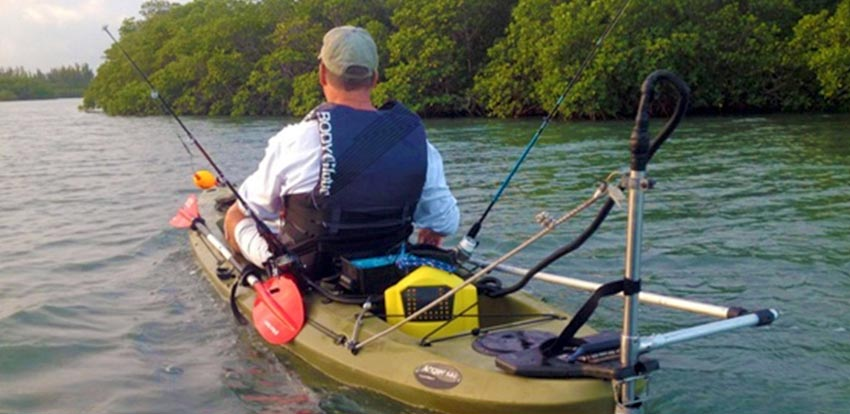 choosing the best kayak for river fishing truth reels